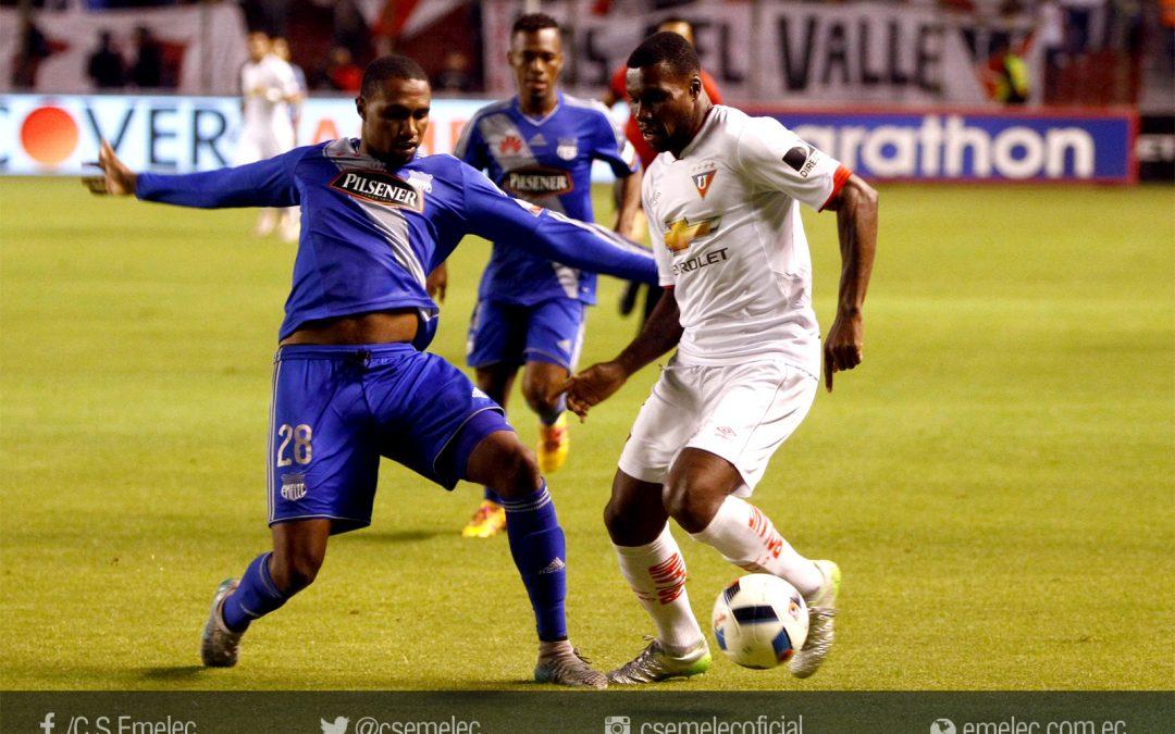 Emelec cae en Casa Blanca frente Liga de Quito 1-0