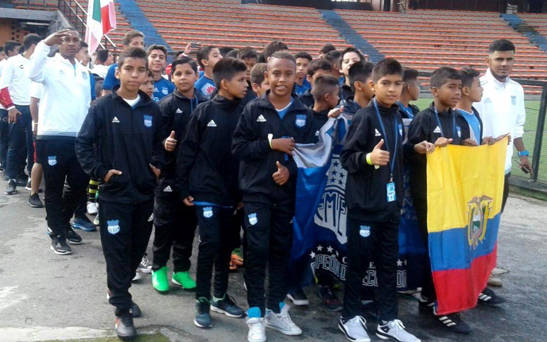 Buen arranque de las formativas azules en la Medellín Soccer Cup