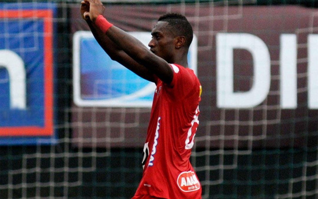 El Club Sport Emelec adquiere los derechos del jugador Nelson Soliz