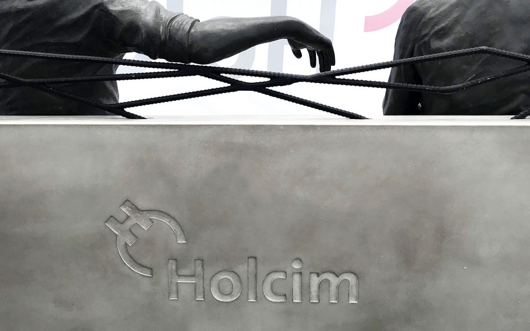 Holcim rinde homenaje a Nassib Neme Antón y Ricardo Mórtola Dipuglia