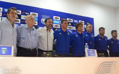 Mariano Soso y su cuerpo técnico fueron presentados