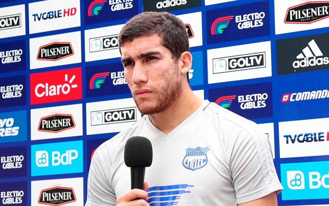 """Leandro Vega: """"me preparo para que el técnico pueda tenerme a disposición"""""""