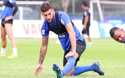 """Leandro Vega: """"lo vamos a pelear hasta el último partido"""""""